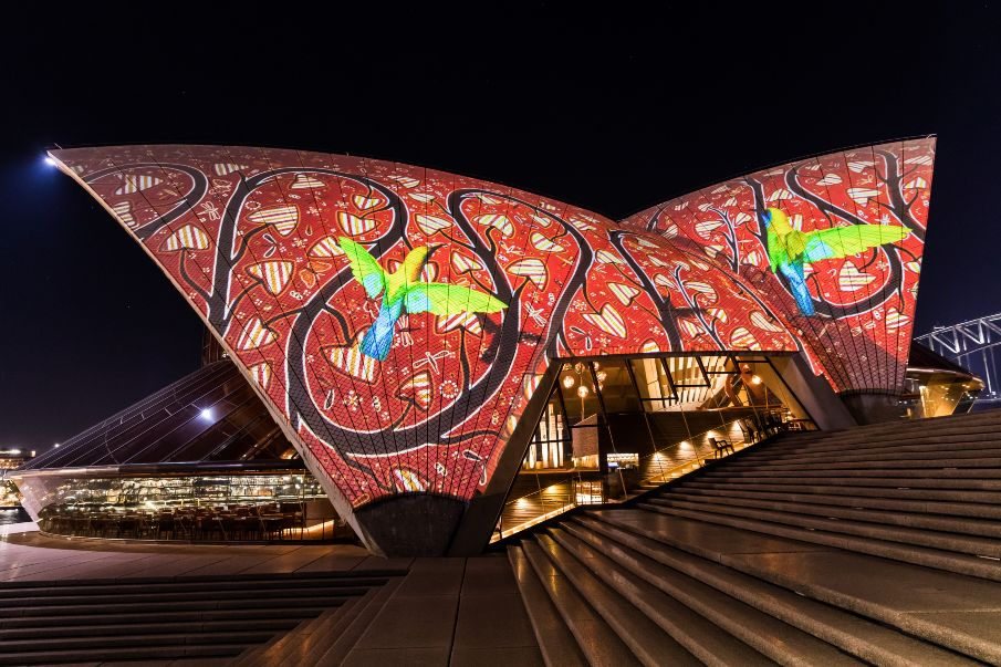 Lighting up Sydney Opera House