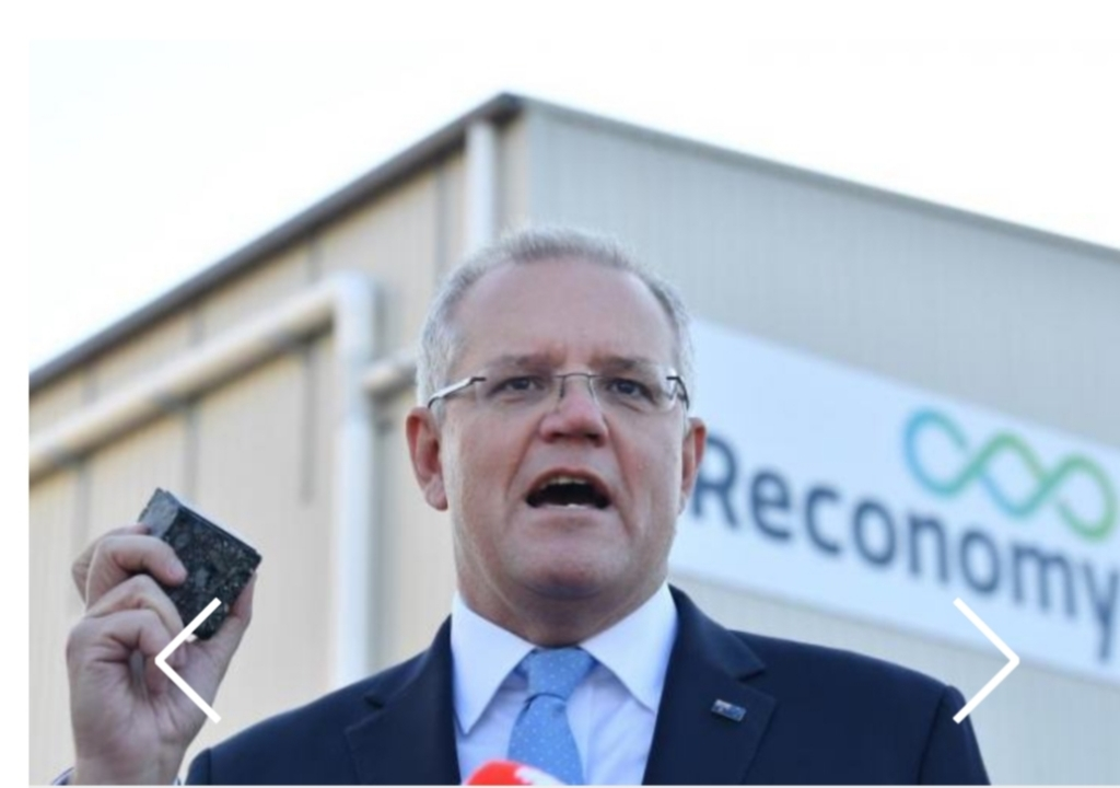 Prime Minister Scott Morrison showcasing Downer's sustainable Reconophalt asphalt product