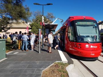Newcastle Light Rail officially enters passenger service
